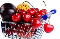 разнообразие покупкы плодоовощ тележки Стоковое Фото