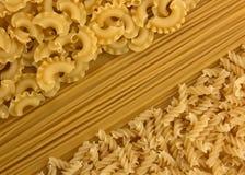 Разнообразие типов и форм сухих макаронных изделий Стоковые Изображения RF