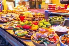 Разнообразие украинской еды стоковое изображение