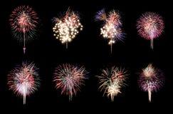 Разнообразие цветов смешивает фейерверки или собрания фейерверка Стоковое фото RF