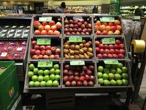 Разнообразие яблок, который нужно съесть Стоковое Изображение