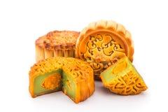 Разнообразие mooncakes для китайского торжества фестиваля средний-осени Стоковая Фотография RF