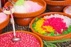 разнообразия цветастого десерта тайские стоковая фотография