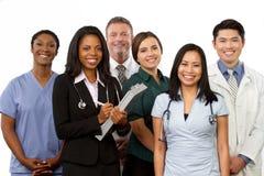 Разнообразная группа в составе провайдеры медицинских услуг стоковая фотография