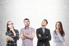 Разнообразная команда молодые люди с книгами Стоковое фото RF