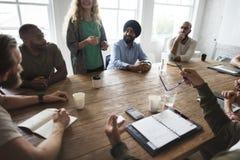 Разнообразные люди встречая в офисе Стоковые Изображения