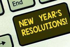 Разрешения Нового Года s показа знака текста Схематические задачи целей фото целятся решения для клавиатуры затем 365 дней стоковое изображение rf