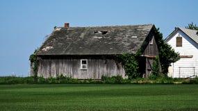 Разрушанный старый сельский дом Стоковое Фото