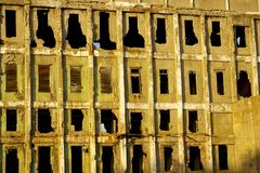 разрушенная старая стена завода Стоковое фото RF