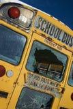разрушенная школа шины Стоковая Фотография