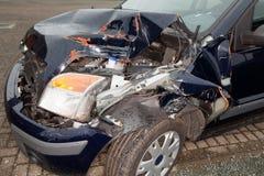 разрушенный автомобиль Стоковые Фото