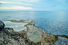Разрыв дьявола, Nusa Lembongan, Индонезия Стоковое фото RF