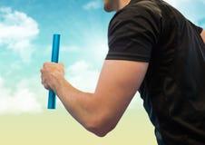 Раздел бегуна реле средний против голубого и желтого неба Стоковые Фотографии RF