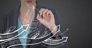 Раздел бизнес-леди средний с ручкой и белая шлюпка doodle против серой предпосылки Стоковое Изображение RF