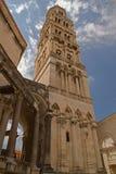 Разделение - дворец императора Diocletian - башня с часами стоковая фотография