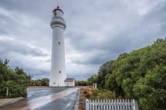 Разделенный маяк пункта, вход Aireys, большая дорога океана, Виктория Стоковые Фотографии RF