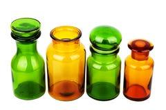разливает центральное стекло по бутылкам фокуса dof отмелое Стоковое Фото