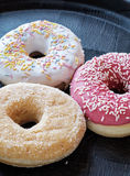 Различная свежая сторона портрета donuts Стоковые Фотографии RF