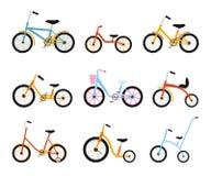 Различное собрание велосипедов детей Красочные велосипеды с различными типами рамки Комплект иллюстрации вектора плоский Стоковые Изображения