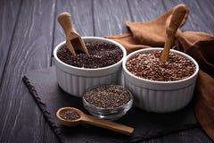 Различное chia superfoods, квиноа, семя льна Стоковые Изображения RF