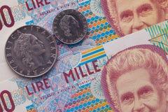 Различные банкноты и монетки итальянских денег стоковое фото rf