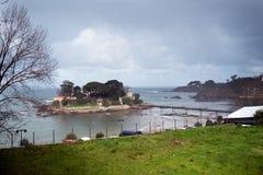 Различные взгляды средневекового замка, около пляжа и соединяются Стоковые Фотографии RF