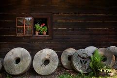 Различные жернова в деревне Стоковые Фото