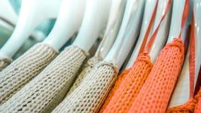 Различные красочные одежды на шкафе Стоковая Фотография RF