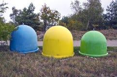 Различные покрашенные ящики для собрания рециркулируют материалы Стоковые Фото