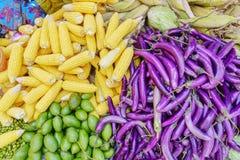 Различные товары в бирманском рынке, Мьянме Стоковые Изображения