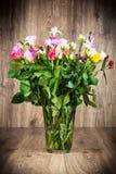 Различные цветки в вазе Стоковое Изображение