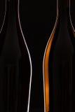 2 различных бутылки вина Стоковые Фотографии RF