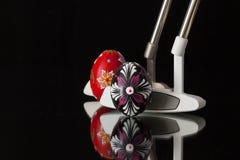2 различных короткие клюшки и яичка гольфа Стоковое фото RF