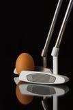 2 различных короткие клюшки и яичка гольфа Стоковые Фотографии RF