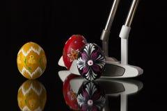 2 различных короткие клюшки и яичка гольфа Стоковая Фотография RF