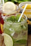 3 различных питья на таблице Стоковая Фотография RF