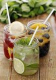 3 различных питья на таблице Стоковые Фотографии RF