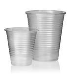 2 различных пластичных чашки вертикально Стоковое Фото