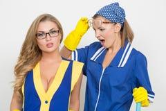 2 различных уборщика состязаются плохой штат Стоковое Фото