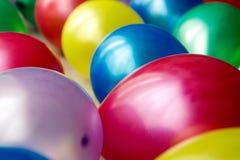 Раздувная пестротканая ложь шариков Стоковые Фотографии RF