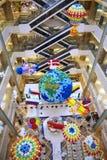 Раздуйте украшение на воздушном шаре огня воздушного шара огня флага страны земли галереи мола Стоковые Изображения