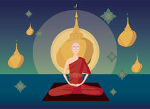 Раздумье монаха Мьянмы перед пагодой Kyaikhtiyo Стоковые Фото