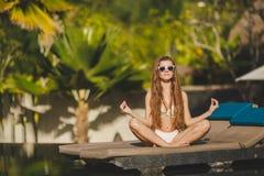 Раздумье пока на каникулах в Гаваи Стоковые Изображения