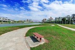 Район парка берега реки в Тайбэе Стоковое Изображение RF