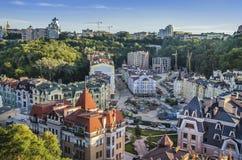 Район элиты Vozdvizhenka в Киеве, Украине Взгляд сверху на крышах зданий Стоковые Фото