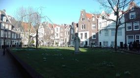Район Beghine Амстердама стоковые изображения