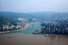 Район Fuling Чунцина Рекы Янцзы и стечение реки Wujiang 2 рек Стоковая Фотография