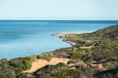Рай песчаного пляжа воды залива коралла кристаллический Стоковые Изображения