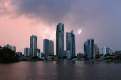 Рай серферов на зоре (Gold Coast Австралия) Стоковые Изображения RF