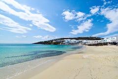 рай mykonos пляжа стоковое изображение rf